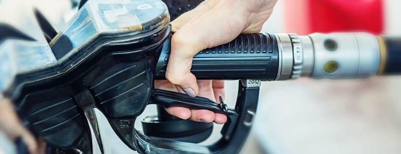 Tankowanie paliwa z dystrybutora