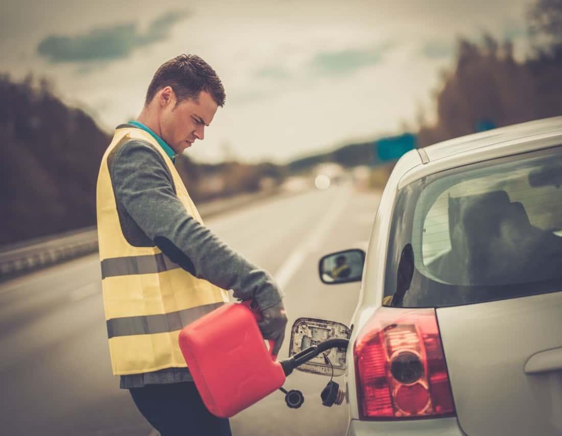 dolewanie paliwa do baku