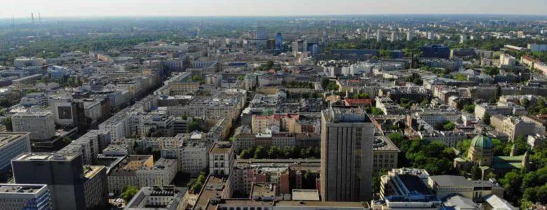 widok na centrum Warszawy miasta z lotu ptaka